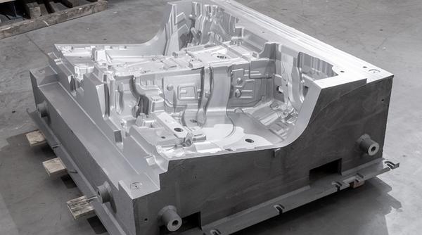 hp-fussraum-form-005